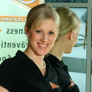 14 Jennifer Wachter - Servicekraft